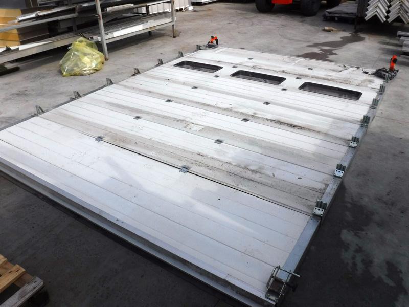 2 porte coibentate usate ad avvolgimento rapido per carico - Porta a soffietto usata ...